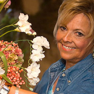 Designs by Ann - Along with our home décor and fashion, we are also proud to introduce you to our floral designer, Ann. Ann will create a custom floral arrangement for every season. Stop in and see Ann today, you will be glad you did!